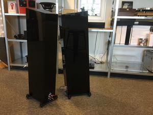 Marten Miles 3 - Beg högtalare i absolut nyskick