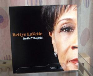 Soulines SRC displayställ för LPskivor
