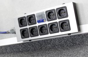 IsoTek EVO3 Corvus nätlist med 9 uttag och filtrering